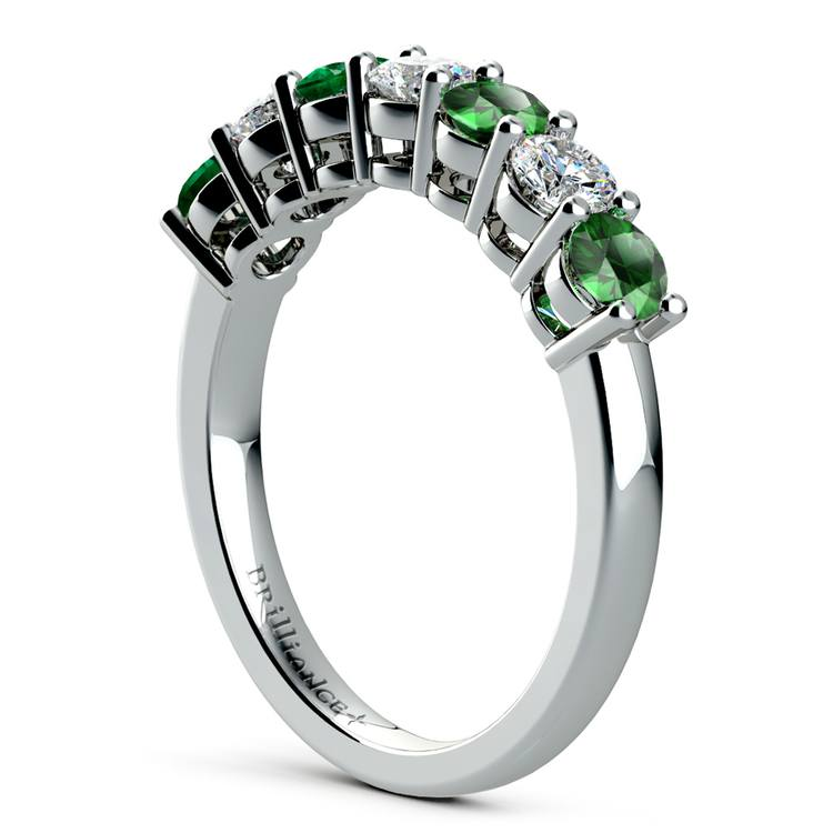 Seven Diamond & Emerald Wedding Ring in White Gold | 04