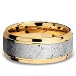 Stepped Bevel Meteorite Inlay Men's Wedding Ring in 14K Yellow Gold | Thumbnail 03