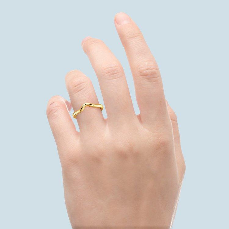 Swirl Style Wedding Ring in Yellow Gold   06