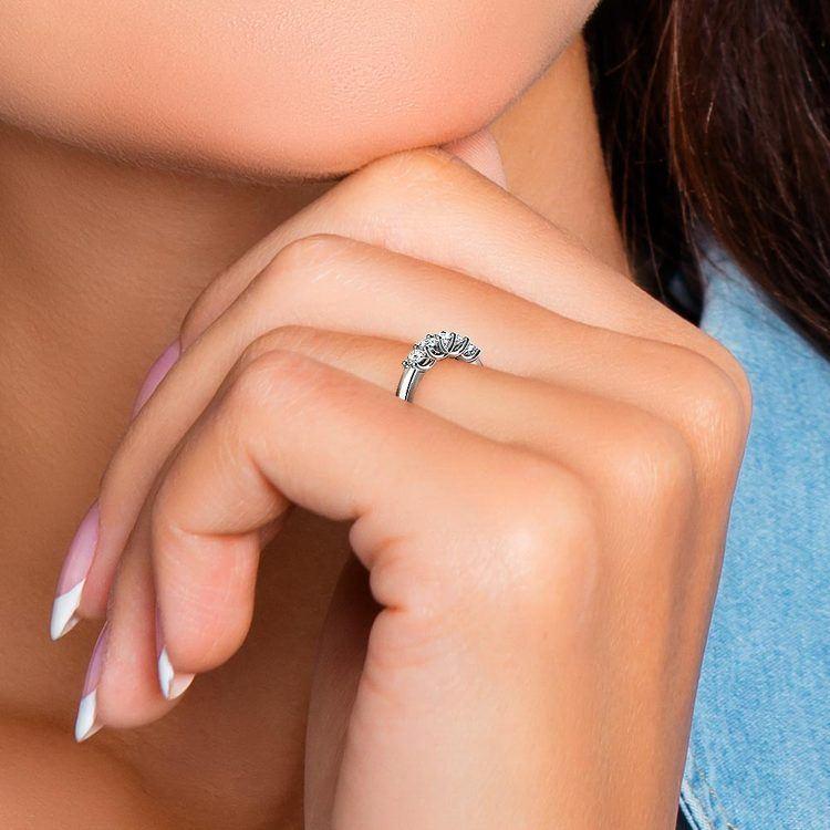 Trellis Five Diamond Wedding Ring in White Gold | 07