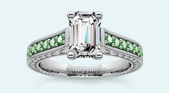 Antique Emerald Gemstone Engagement Ring in Platinum