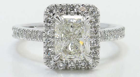Radiant Cut Diamond Settings: The Halo