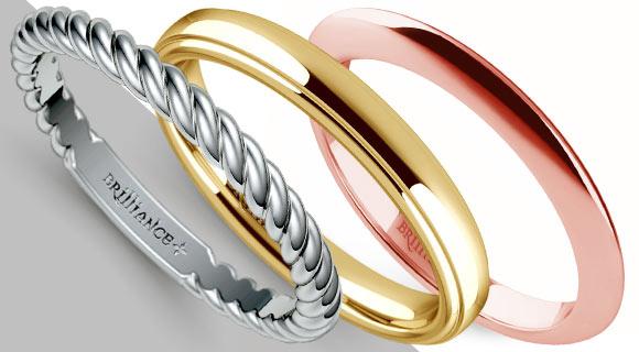 Simple Wedding Rings in Gold