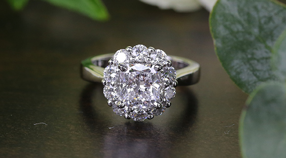 A Timeless Floral Ring