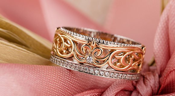Why Is Rose Gold So Popular?