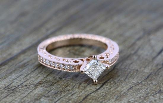 #4 Antique Diamond Ring | Brilliance.com