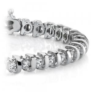 Bar Diamond Bracelet in White Gold
