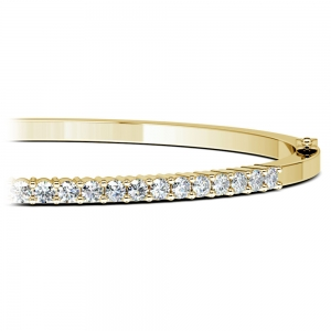 Diamond Bangle Bracelet in Yellow Gold (1 ctw)