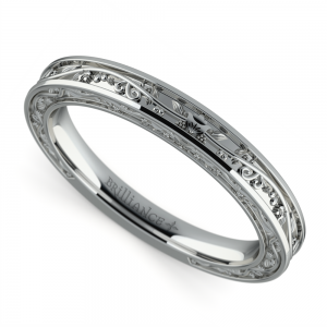 Antique Wedding Ring in Platinum