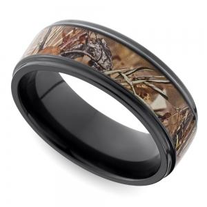 Grooved Edge Flat Men's Wedding Ring with Camo Inlay in Zirconium