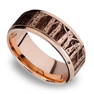 Grooved Edge Men's Wedding Ring with Laser Carved Aspen Design in 14K Rose Gold