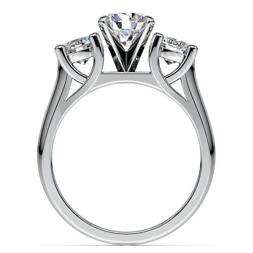 Round Diamond Engagement Ring in White Gold 1 ctw